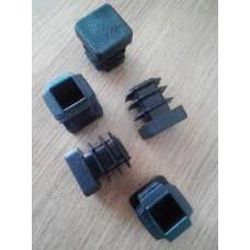 Заглушка для отверстий трубы квадратная  черная ZG15+15 (200)
