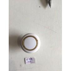 Ручка  кнопка белая 1002-61 (ящ 1000 уп 100)